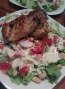 Savaitės čempionas – salotos su vištiena