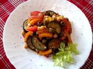 Fantastiškai skanios Vitos baklažanų ir avinžirnių salotos